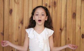 """الطفلة لين سليمان تُطلق ترنيمة """"يا مريم يا إم النور"""".. بالفيديو"""
