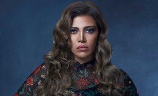 بالفيديو - ريهام حجاج تصدم المتابعين بصورة غامضة مع طفل وشكوك حول توقيت إنجابها