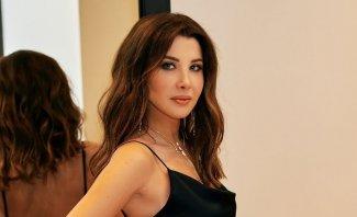 """نانسي عجرم تستعين بأغنيتها """"إلى بيروت الأنثى"""" بمناسبة الذكرى الأولى لإنفجار مرفأ بيروت - بالفيديو"""