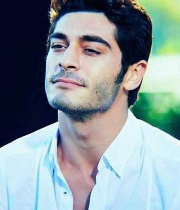 بوراك دينيز من أغنى الممثلين في تركيا وهل خان حبيبته فإنفصلت عنه