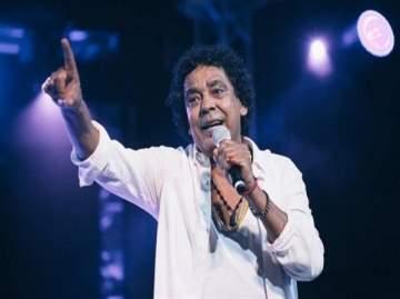 خاص الفن- محمد منير يطرح أغنياته على طريقة عمرو دياب وشيرين عبد الوهاب