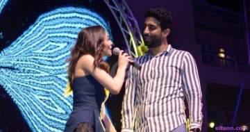 خاص بالصور- كارمن سليمان تغني لزوجها على المسرح
