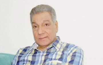 وفاة الممثل المصري أحمد عبد الوارث