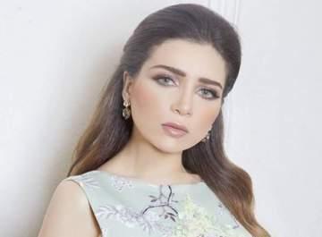 مي عز الدين هزمت الإكتئاب وفكرت بإرتداء الحجاب.. وماذا عن شائعات علاقتها بـ تامر حسني وأحمد السعدني؟