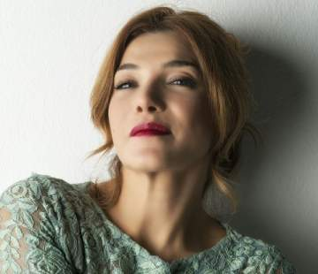 خاص الفن- ندى أبو فرحات في أول عمل لها من كتابة وإخراج زوجها