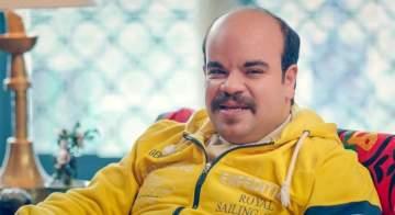 محمد عبد الرحمن يعلن عن ولادة طفله الأول