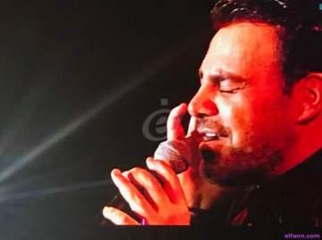عاصي الحلاني يُبدع ويَبكي على مسرح طرابلس وهذا ما كشفه عن مرض إليسا