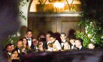 الصور الأولى من زفاف جاستين بيبر وهايلي بالدوين الكنسي