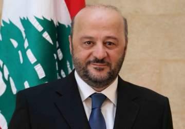 خاص الفن- ملحم الرياشي يكشف مصير مقدمي البرامج الذين تم توقيفهم عن أثير إذاعة لبنان