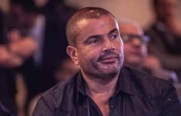 بنطال عمرو دياب يسبب أزمة في مصر-بالصور