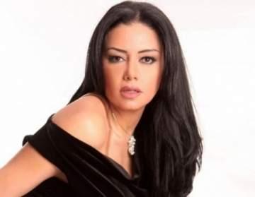 انتقادات لاذعة لـ رانيا يوسف بسبب إطلالتها في مهرجان الجونة-بالصورة