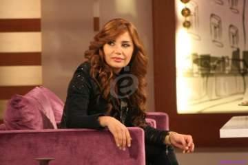 """كاتيا حرب تغني """"عم بحلمك يا حلم يا لبنان"""" لماجدة الرومي..بالفيديو"""