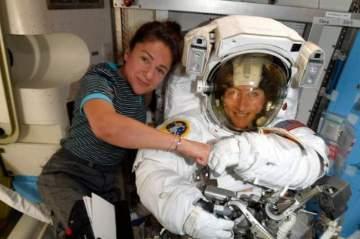 نجاح أول مهمة نسائية تطلقها ناسا إلى الفضاء