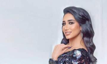 حنان رضا تثير الجدل برقصها في الشارع.. بالفيديو