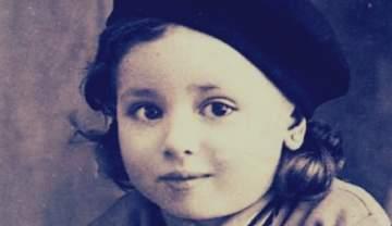 خمنوا من هي هذه الطفلة التي اصبحت من اشهر الممثلات المصريات؟