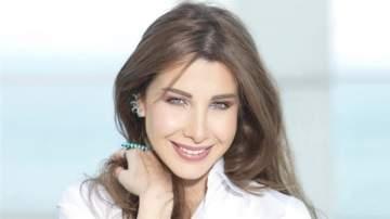 """شاهدوا نانسي عجرم تمرح مع إبنتها """"ليا"""" وتغني لها.. بالفيديو"""