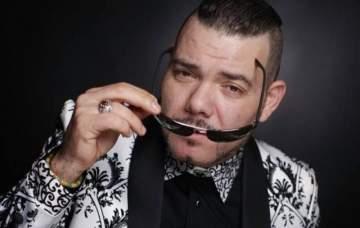 بعد تأييده ضرب المرأة ..عادل الميلودي يعتذر للمغربيات ويعتزل الفن- بالفيديو