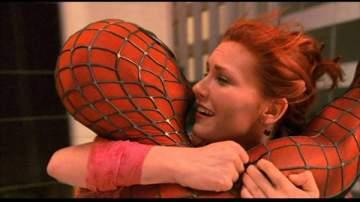 إكتشاف خطأ إخراجي فادح لفيلم Spider-man بعد مرور 16 عاماً على عرضه- الفيديو