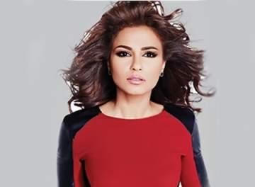 """مهيرة عبد العزيز تحتفل بإتمام طفلتها """"بسمة"""" نصف عام.. بالصورة"""