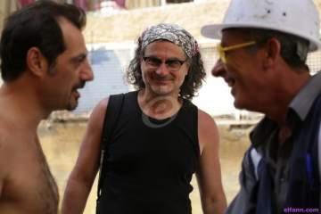 زياد دويري يحصد جائزة أفضل مخرج بـ