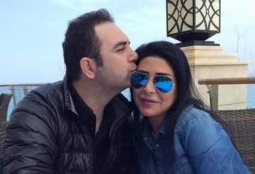 بالفيديو- وائل جسار وزوجته ميراي يشاركان في التظاهرات ويرقصان مع المتظاهرين