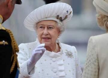ما حقيقة وفاة الملكة إليزابيث؟