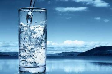 تعرفوا على فوائد وأهمية شرب الماء في رمضان