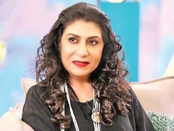 هيفاء عادل 45 عاماً من العطاء الفني.. أُصيبت بذبحة قلبية وإبتعدت عن الشاشة