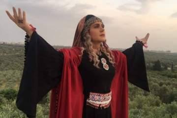 خاص الفن- ديمة قندلفت تهدي عملها الغنائي الجديد إلى روح وديع الصافي