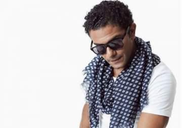 آسر ياسين يقارن نفسه بين الحقيقة والخيال- بالصورة