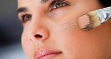 تخلصي من دهون الوجه بإستخدام هذه الأقنعة والماسكات الطبيعية