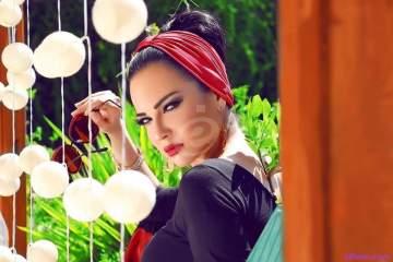 """خاص–صفاء سلطان وشقيقها في مشروع غنائي جديد...و""""الفن"""" يكشف التفاصيل"""