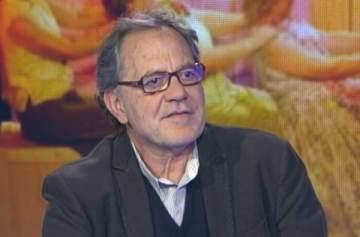وفاة المخرج المسرحي الفرنسي اللبناني الأصل نبيل الأظن