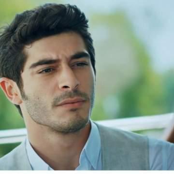 بوراك دينيز من أغنى الممثلين في تركيا.. وهل خان حبيبته فإنفصلت عنه؟