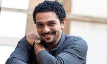 آسر ياسين شُبّه بـ أحمد زكي.. وهل زوجته تكبره سناً؟