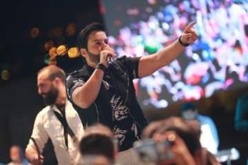 هشام الحاج يختتم صيف 2018 بمهرجان الوردية ذوق مصبح