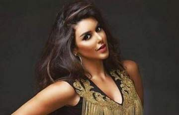 ياسمين صبري تظهر مجددًا بصورة مُثيرة بعد اختفائها