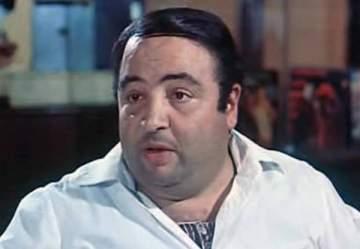 لماذا طلب الراحل يونس شلبي من زملائه الممثلين عدم حضور حفل زفافه؟