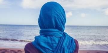 فنانة ترد على تسريب فيديو لها تقول فيه إن الرسول نصحها بعدم نشر صور فاضحة