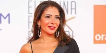خاص الفن- منى زكي تستعد لمغادرة الجونة بعد حضورها حفل افتتاح المهرجان
