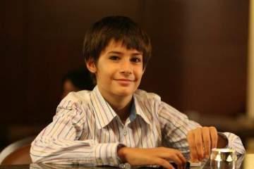 هل تذكرون هذا الطفل في مسلسل العشق الممنوع؟ لن تصدقوا كيف أصبح شكله الآن.. بالصور