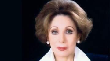 لبنى عبد العزيز مذيعة وممثلة وتزوّجت مرتين.. وعادت إلى مصر بعد غربة 30 عاماً