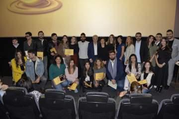 """سينمائيات احتفلت بابداعات الشباب..وأقامت """"جائزة التفاحة الذهبية للأفلام القصيرة"""""""