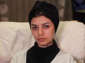 نجلاء عبد العزيز أثارت غضب السعوديين.. وزوجها أهداها سيارة غالية الثمن