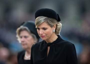 ملكة هولندا تفجع بإنتحار شقيقتها