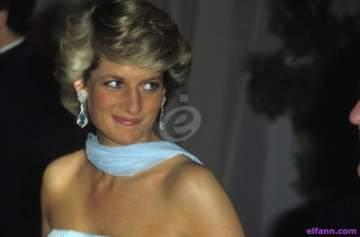 فشل بيع فستان الأميرة ديانا مع جون ترافولتا