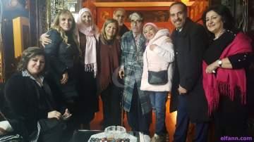 خاص الفن وبالصور- مظاهرة إعلامية في منزل أبو سليم وما علاقة جاكلين بما حصل؟