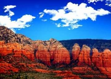 أريزونا.. ولاية المعالم الغريبة وأحد أجمل الشلالات في العالم