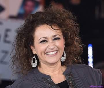 ناديا صوالحة تفتخر بجذورها العربية وعانت من الصدفية.. وإنتحر زوجها الأول