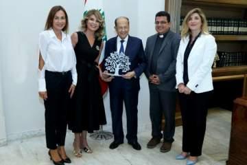 داليا داغر تزور الرئيس عون لشكره على دعم جمعيتها